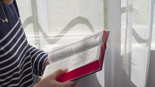 O que é o siginficado de descansar na bíblia?